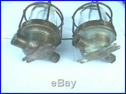 2 lampes de coursive en bronze pour Bateaux de la Marine Nationale ou Marchande
