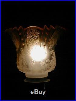 Superbe tulipe cristal pour lampe à pétrole St Louis/Baccarat décor de bateaux